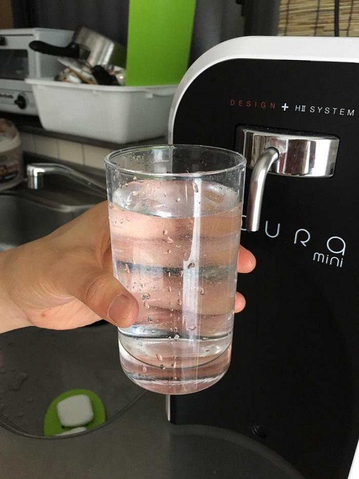 卓上型水素水生成器「GAURA mini」の水素水